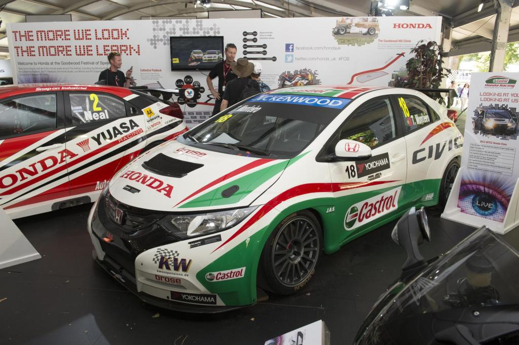 goodwood 2016 Honda WTCC team appeared at FOS in 2013