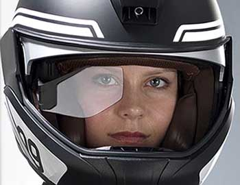 SECOND SIGHT? Well, certainly a second mini-visor that doubles as being able to display road data as a head-up display. Image: BMW Motorrad