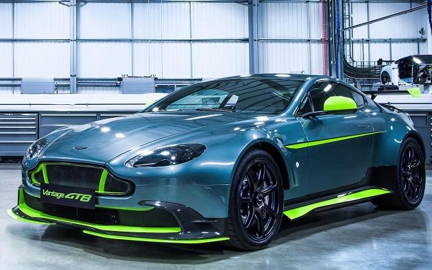 Aston Martin_Vantage GT8 pos 1