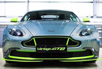Aston Martin_Vantage GT8 pos 2