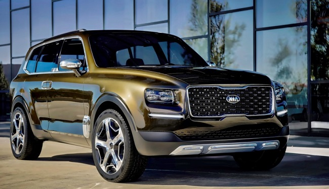 THE ONLY (APPARENTLY) CONVENTIONAL VEHICLE: The KiaTelluride Image: Kia America