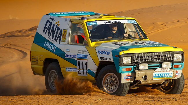 issan Dakar Rally car restored . Image: Nissan Spain / Newspress