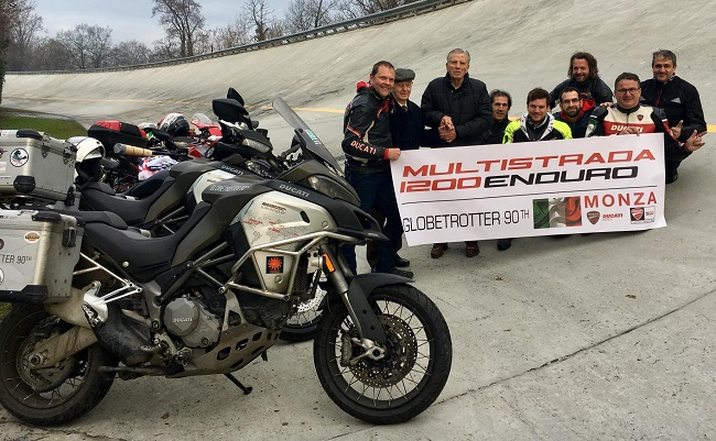 THE ROLLING CREW AT MONZA: It's the old track, but that's where Ducati won its history races. Image: Newspress