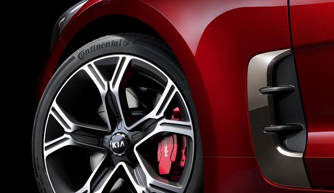 2017 KIA STINGER: Image: Kia Motors