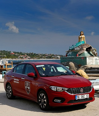 AROUND THE WORLD: A standard Fiat Tipo has just completed a global circumnavigation. Image: Fiat / Newspress
