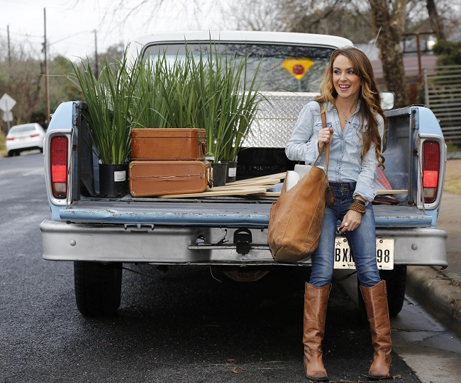 KIM AND PEARL: Partners in the Texas gal's design business Image: Ford America / NewspressUSA