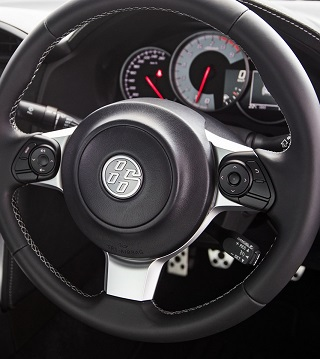 INTELLIGENT STEERING-WHEEL:Leather-wrapped,remote controls for some features and clear view of driving data in the 2017 Toyota 86 facelift. Image: Toyota SA / Quickpic