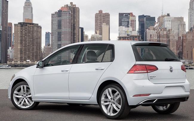 VW GOLF AT NEW YORK AUTO SHOW: Image: VW US / NewspressUSA