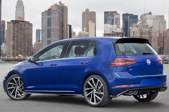 VW GOLF AT NEW YORK AUTO SHOW: Image: VW US / NewspressUSA