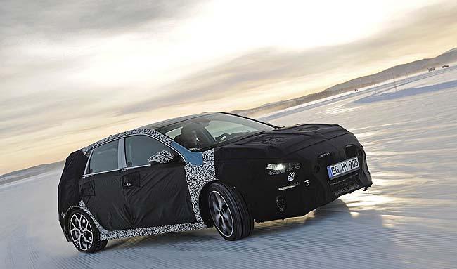 HYUNDAI TESTING ON ICE: Image: Hyundai / Quckpic