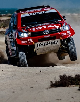 TRACKLESS WASTE: Navigation wasn't easy on the 2017 Qatar rally but SA's Leeroy Poulter / Dirk von Zitzewitz finished third. Image: Toyota SA