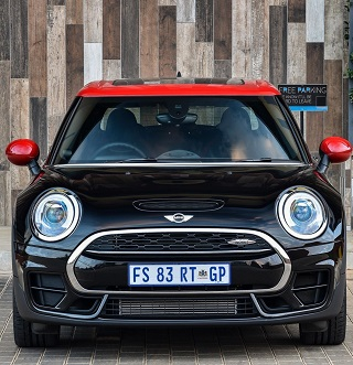 2017 MINI CLUBMAN ALL4: Image: Mini