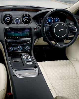 ANNIVERSARY JAGUAR XJ50: Image: Jaguar SA