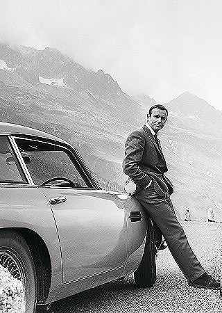 DB5 LIVES AGAIN: Image: Aston Martin / Newspress