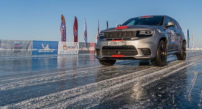 TRACKHAWK TRUMPS RUSSIAN ICE RECORDS: Image: Jeep